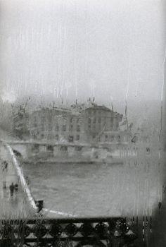 Édouard Boubat • Quai Voltaire, Paris • 1981