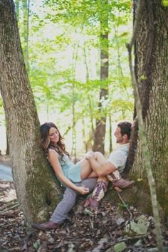 Love posing in a tree pic ideas