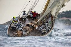 love how this pic captures the feel of the boat cresting the wave
