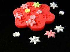 Silikonform 9 Blüten von Luflom-Design auf DaWanda.com