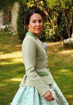 Susanne Spatt, Dirndl aus Salzburg - TRACHT. heute, Qualität hat Tradition in Salzburg