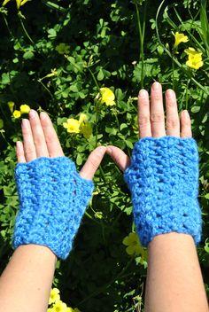 Warm Fingerless mittens in crochet by AirasLovelyKnits on Etsy
