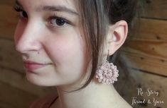 PATTERN Rosegold Crochet Jewelry Thread Crochet Necklace   Etsy Crochet Hook Sizes, Thread Crochet, Crochet Necklace Pattern, Ladylike Style, Thread Jewellery, Crochet Instructions, Jewelry Patterns, Leather Cord, Jewelry Findings