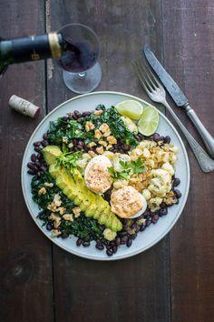 Una ensalada poca Cobb Salad, Veggies, Food, Sauteed Spinach, Stir Fry, Onion, Lunches, Eggs, Eating Clean