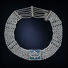 Google Image Result for http://www.langantiques.com/university/images/thumb/2/27/Edwardian_Pearl_Enamel_Choker.jpg/310px-Edwardian_Pearl_Enamel_Choker.jpg
