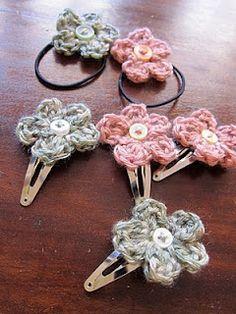 Free crochet hair clips and hair elastic pattern