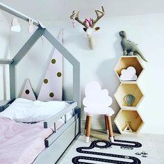 Grey Hausbett #grey #childroom #handmade #cloud #kidsfurniture #kidsinterior #kinderkamer #kinderzimmer #kindermöbel #wood #pokojdziecka #pokojdzieciecy #kidsdesign