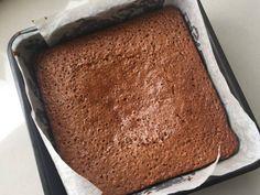 Yorkshire Parkin Parkin Cake Recipe, Parkin Recipes, Easy Sponge Cake Recipe, Sponge Cake Recipes, Bonfire Toffee, Yorkshire Parkin, Sticky Ginger Cake, Home Baking, Baking Tins