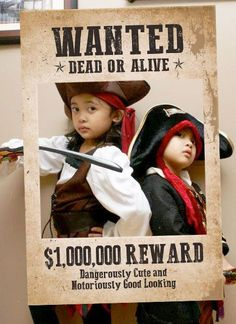 Western and Pirates Theme, Wanted Party Prop, Wanted Photo Booth, Wanted Sign. Great for birthday parties