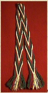 Finger Weaving a Sash Cowboy Crafts, Finger Weaving, Inkle Loom, Card Weaving, Beaded Lanyards, Native American Crafts, World Crafts, Tapestry Crochet, Yarn Projects