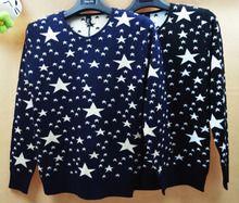 Áo len dệt kim nam, thiết kế cổ chữ V, họa tiết ngôi sao nổi bật