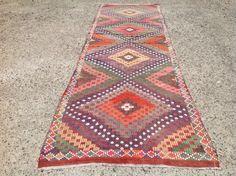 Kilim runner, Faded pink and purple kilim runner, Vintage Turkish kilim runner rug, runner, runner rug, vintage hallway runner rug, bohemian