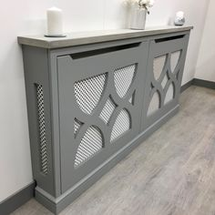Modern Radiator Cover, Hallway Inspiration, Living Room Decor Inspiration, Lounge Design, Dining Room Design, Home Radiators, Decorative Radiators, Small Hallways, Entryway