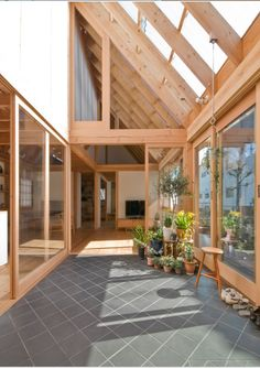 House in Kashiwa is a minimalist residence located Chiba, Japan, designed by ai/yuki CHIDA. Japanese Home Design, Japanese House, Exterior Design, Interior And Exterior, Pergola Aluminium, Timber House, Best Interior Design, Interior Modern, Home And Deco