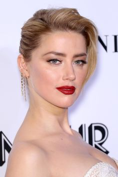 From Matte Lips to Baby Bangs: 21 of the Best Skin, Hair and Makeup Looks Lately Amber Heard Hair, Amber Heard Style, Amber Heard Photos, Celebrity Jewelry, Celebrity Makeup, Baby Bangs, Matte Lips, Hollywood Celebrities, Good Skin