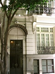 Townhouse facade in La Recoleta, Buenos Aires, Argentina - one of the neighborhoods  i visited while on vacation too.. home are amazing!