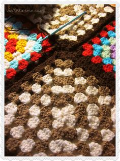 Back to crocheting my Meet Me in St. Louis inspired crochet granny square afghan!