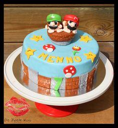 Mario & Luigi cake, fondant