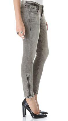 Davis Zip Skinny Jeans