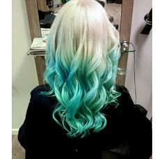 Blonde blue turquoise ombre