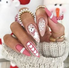Cute Christmas Nails, Xmas Nails, Christmas Nail Art Designs, Winter Nail Designs, Holiday Nails, Cute Nails For Fall, Christmas Manicure, Red Nail Designs, Reindeer Christmas