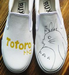 #Totoro #AnimeShoes My Neighbor Totoro Painted Anime Shoes
