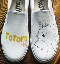 #Totoro #AnimeShoes My Neighbor Totoro Painted Anime Shoes