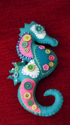 Felt Seahorse with buttons-made by Rosie Lea Crafts For Seniors, Felt Crafts, Crafts To Make, Button Art, Button Crafts, Flea Market Crafts, Felt Games, Mermaid Toys, Horse Pattern