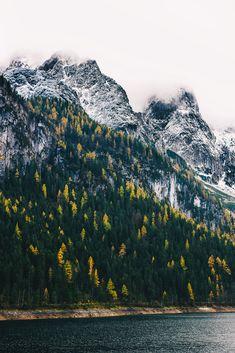 Wochenendtrip zum Gosausee, Österreich auf VANILLAHOLICA.com #austria #roadtrip #alps #mountains #gosau Wenn ein Land geradeso von schönen Landschaften, Wäldern, Seen und Bächen verwöhnt ist, dann ist es das Salzburgerland. Die schönsten Österreich Landschaften und Ausblicke findest Du auf meinem Blog.Ganz gleich ob für Wanderungen und Ausflüge im Winter oder Sommer !