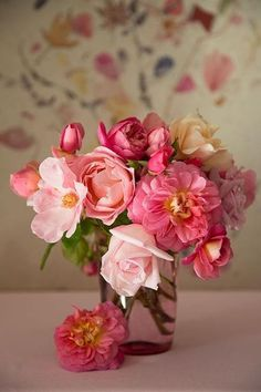 Bouquet of Pink Flowers Spring Flower Arrangements, Beautiful Flower Arrangements, Floral Arrangements, Fresh Flowers, Spring Flowers, Beautiful Flowers, Colorful Roses, Romantic Flowers, Exotic Flowers