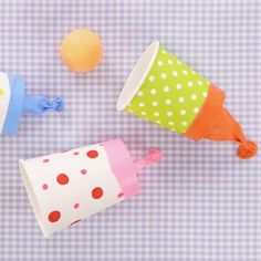 "How to make an easy crafts ""Paper Cup Ping Pong Shooters"" : ?How to make an easy crafts ""Paper Cup Ping Pong Shooters"" Preschool Crafts, Diy Crafts For Kids, Easter Crafts, Projects For Kids, Fun Crafts, Arts And Crafts, Diy Projects, Kids Diy, Decor Crafts"