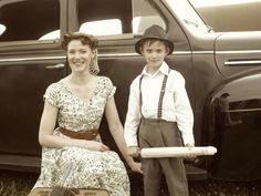 For a throw-back look for theme parties to parades, or just plain old-fashioned fun, here's how you can dress your wee lads in a vintage 1940s look.