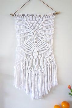 Macrame wall hanging / rope wall art / weaving / by Lepetitmoose