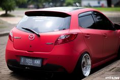 Mazda 2, Shandy, Best Luxury Cars, Yokohama, Ms, Sticker, Beer, Vehicles, Tattoo