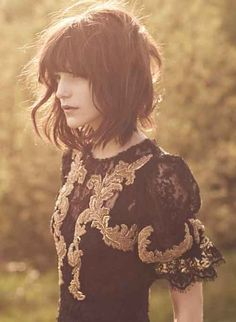 http://www.short-haircut.com/wp-content/uploads/2013/12/Good-Short-Haircuts-for-Wavy-Hair-2.jpg