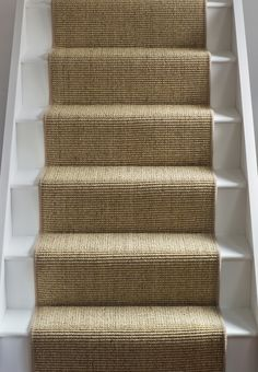 stairs with carpet runner stairs with carpet runner ; stairs with carpet runner wood ; stairs with carpet runner and wood ; stairs with carpet runner and bars ; stairs with carpet runner entryway Carpet Staircase, Staircase Runner, Carpet Runner On Stairs, Hallway Carpet, Best Carpet For Stairs, Carpet Stair Treads, Cottage Stairs, House Stairs, Deco Spa