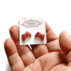 X-Box-360-Controller-Inspired-Stud-Post-Earrings-Red