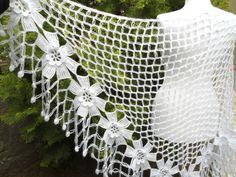 uncinetto scialle fiore, moda, regalo unico, San Valentino, tendenze inverno, moda, 2014, avvolgere, fiori, autunno, nozze, sposa bianca,