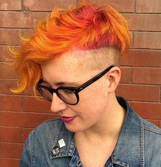 Pin for Later: 20 Photos That Prove Sunset Color Is the Most Romantic Kind of Rainbow Hair Hair Color 2016, Yellow Hair Color, Pretty Hair Color, Hair Colour, Undercut Hairstyles, Pretty Hairstyles, Haircuts, Hair Styles 2016, Short Hair Styles