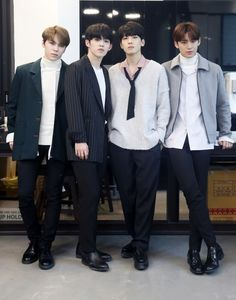 SEVENTEEN interview with STARNEWS Woozi, Mingyu Wonwoo, Seungkwan, Seventeen Hip Hop Unit, Seventeen Debut, Carat Seventeen, Mingyu Seventeen, Bad Boyfriend, Meanie