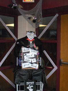halloween librarydisplays | Creative Library Displays: Halloween Book Displays