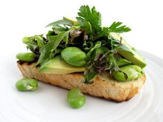 Fava Bean, Herb, and Avocado Salad on Bruschetta Yummy Appetizers, Appetizer Recipes, Avocado Recipes, Vegan Recipes, Sandwich Recipes, Lunch Recipes, Sandwiches, Fava Beans, Buffalo Wings
