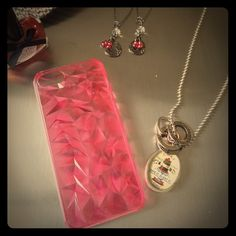 iPhone 5 Pink Beveled Smartphone Case iPhone 5 Pink Beveled Smartphone Case Accessories Phone Cases