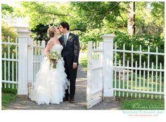 Oatland Historic House & Gardens- Ashley & Jeff; outdoor Loudoun County, Northern Virginia Wedding Venue. Photo by Melissa Arlena Photography.