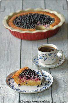 Maistuis varmaan sullekin!: Mustikka-jogurttipiirakka Sweet Pie, Let Them Eat Cake, Panna Cotta, Deserts, Pudding, Sweets, Ethnic Recipes, Baking Ideas, Tarts