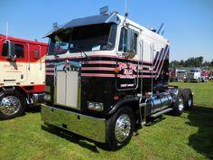 Have You Ever Seen These Optimus Prime Trailer Big Rig Trucks, Toy Trucks, Semi Trucks, Lifted Trucks, Peterbilt 379, Kenworth Trucks, Trailers, Truck Memes, Truck Transport