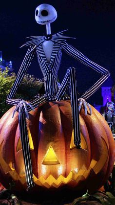 Pumpkin Light Jack Skellington iPhone 6 plus Wallpaper - 2014 Halloween Decor, Nightmare Before Christmas  #2014 #Halloween