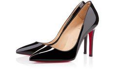 talons-fins-pour-ces-escarpins-vernis-avec-semelle-rouge.jpg (930×563)