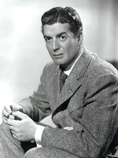 "sparklejamesysparkle: "" In memory of Victor Mature Born on January 1913 in Louisville, Kentucky Died on August 1999 (age in Rancho Santa Fe, California May he rest in peace. Hollywood Stars, Hollywood Men, Hooray For Hollywood, Hollywood Icons, Golden Age Of Hollywood, Classic Hollywood, Vintage Hollywood, Hollywood Glamour, Old Movie Stars"