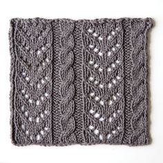 Lace knitting for beginners. Great tutorial by tricksy knitter. /pretty good instructions all around